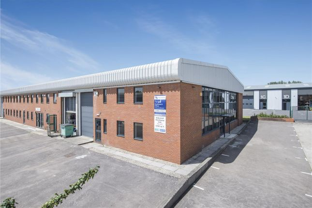 Thumbnail Warehouse to let in Unit 14, Meadow View, Crendon Industrial Park, Long Crendon, Buckinghamshire