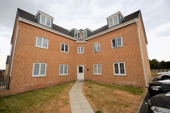 Thumbnail Flat for sale in 2 New Forest Drive, Leeds