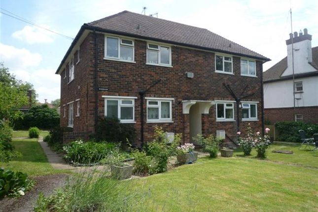 Thumbnail Flat to rent in London Road, Dunton Green, Sevenoaks