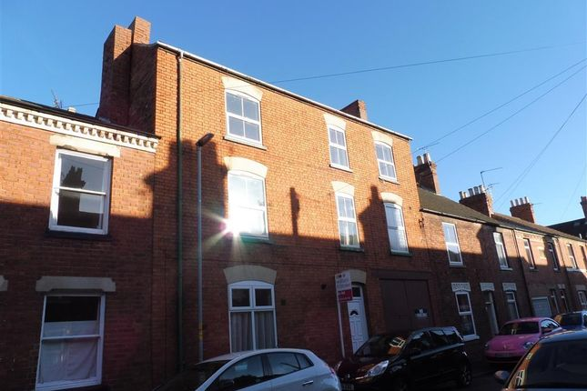 Thumbnail Property to rent in Sidney Street, Grantham
