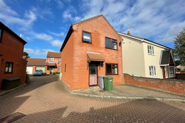 3 bed detached house to rent in Old Road, Acle, Norwich NR13