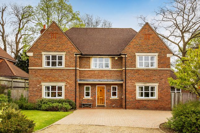 Thumbnail Detached house for sale in The Fairways, Redhill