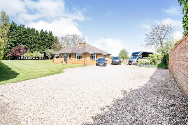 4 bed detached bungalow for sale in Grimsby Road, Laceby DN37