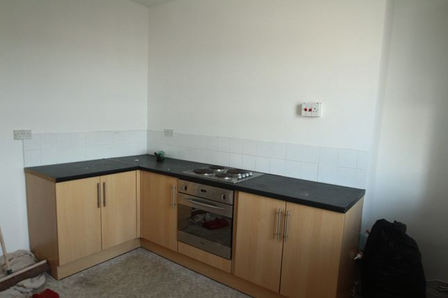 Thumbnail Flat to rent in George Place, Stonehouse, Plymouth