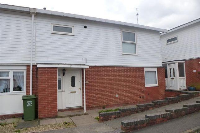 Thumbnail Property to rent in Himbleton Close, Redditch