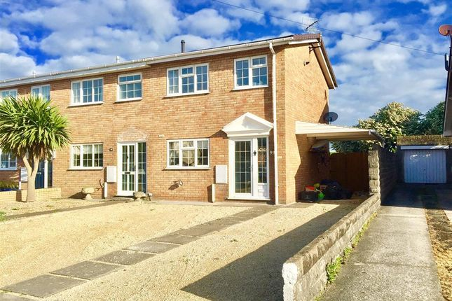 Thumbnail Property to rent in Fulmar Road, Porthcawl