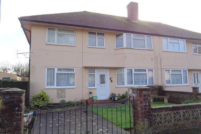 2 bed flat to rent in Pevensey Road, Bognor Regis