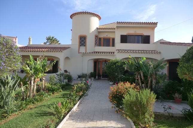 4 bed villa for sale in Luz, Lagos, Portugal