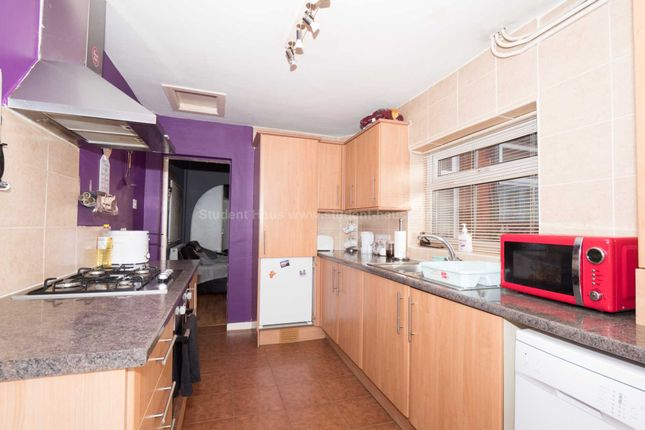 Thumbnail Detached house to rent in Ukraine Road, Salford