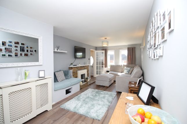 Thumbnail Terraced house for sale in Derby Close, Lambourn, Hungerford