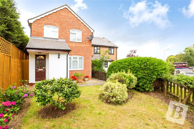 Thumbnail Detached house for sale in Coopers Mews, Coopers Hill, Ongar, Essex