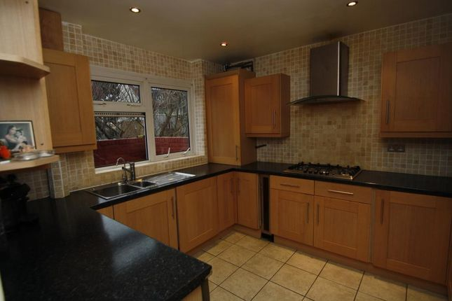 Thumbnail Flat to rent in Civic Way, Barkingside