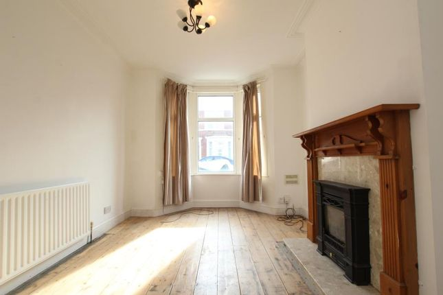 Thumbnail Property to rent in Elmdale Road, Bedminster