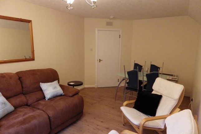 Thumbnail Flat to rent in Lochrin Place, Edinburgh