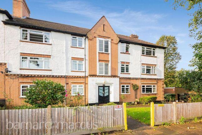 2 bed flat for sale in Manor Road, Twickenham TW2