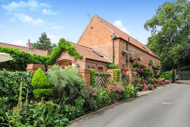 Thumbnail Barn conversion for sale in Rectory Road, Retford