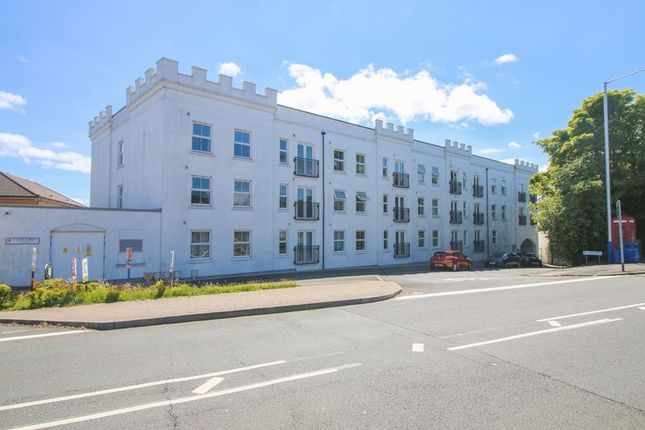 Thumbnail Flat to rent in 11 Imperial Court, Castle Hill, Douglas