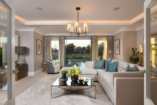 Thumbnail Town house for sale in Mill Lane, Taplow