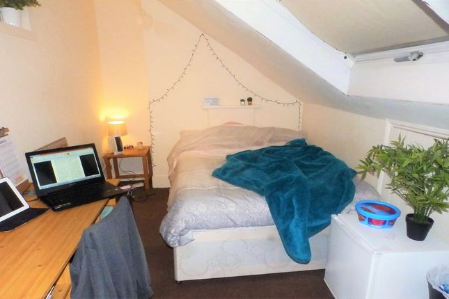 Thumbnail Maisonette to rent in Buckingham Place, Brighton, East Sussex