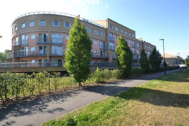 1 bed flat for sale in Wooldridge Close, Feltham