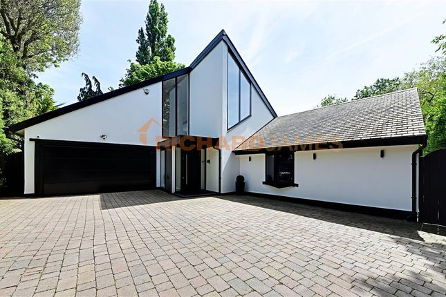 Thumbnail Bungalow for sale in Chilterns, Marsh Lane, Mill Hill