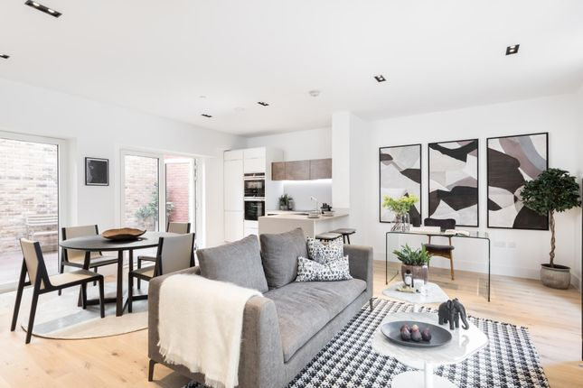 Thumbnail Property to rent in Keybridge House, South Lambeth Road, London
