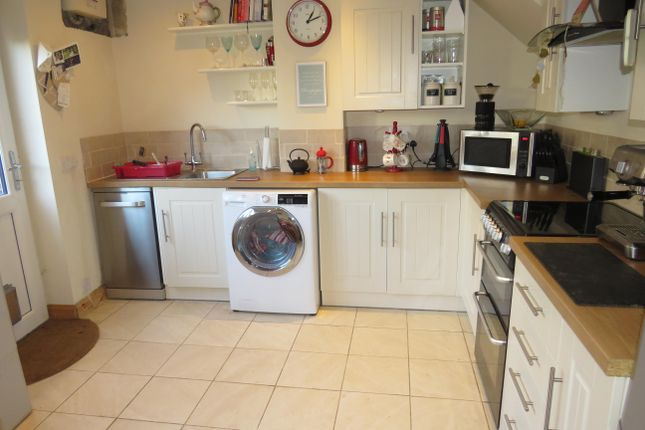 Thumbnail Property to rent in New Road, Calne