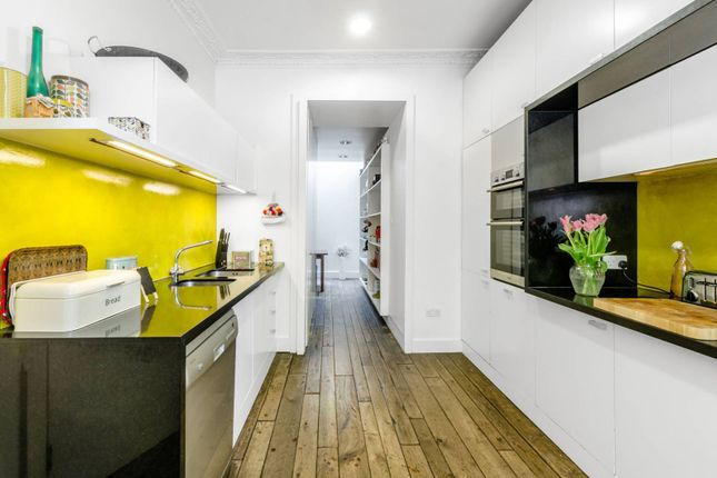 Thumbnail Terraced house for sale in Northampton Square, Clerkenwell, London