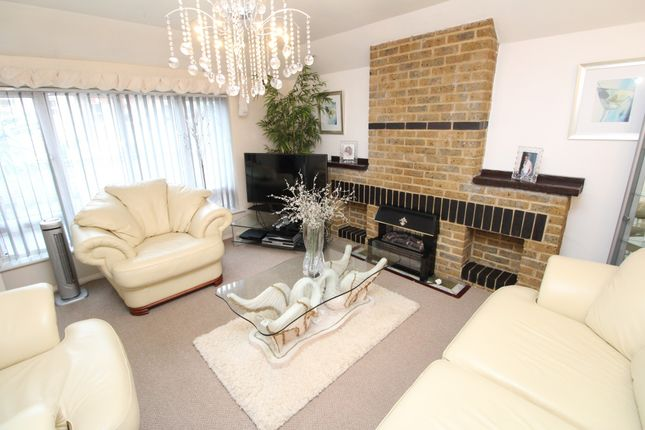 Thumbnail Detached house to rent in Winterbourne Road, Catford