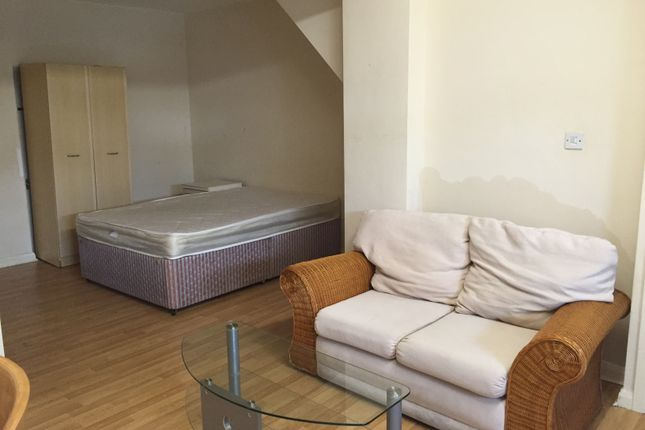Thumbnail Flat to rent in Birchills Street, Walsall, West Midlands