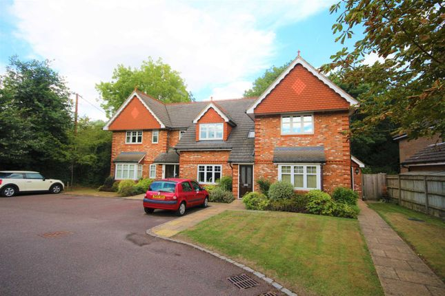 Thumbnail Flat to rent in John Place, Warfield, Bracknell