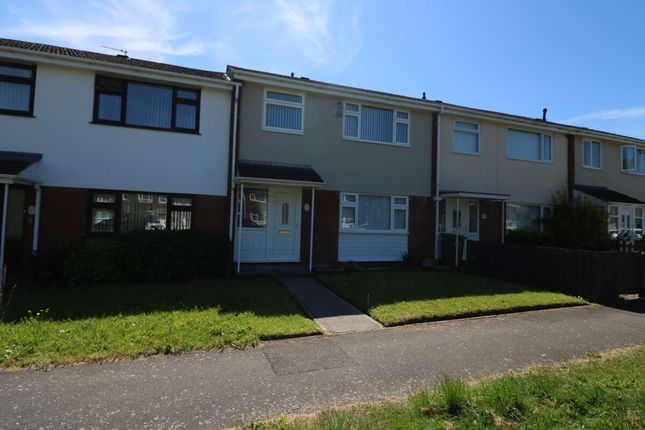 3 bed property to rent in Gateacre Court, Ellesmere Port CH66