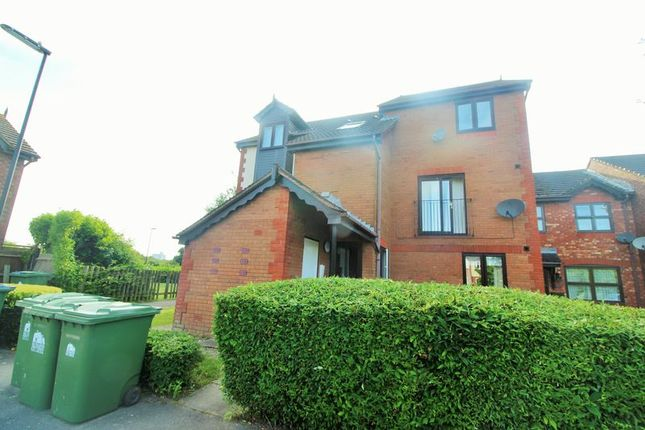 1 bed flat for sale in Unwin Close, Southampton