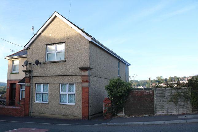 Thumbnail Flat for sale in Woodfield Terrace, Woodfieldside, Blackwood