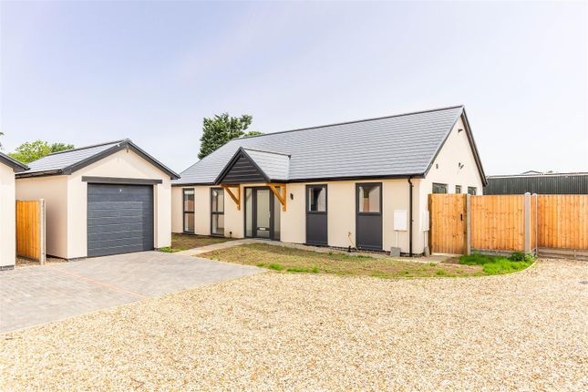 3 bed detached bungalow for sale in Grantham Road, Waddington, Lincoln LN5
