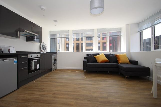 Thumbnail Flat to rent in Isambard Brunel Road, Portsmouth