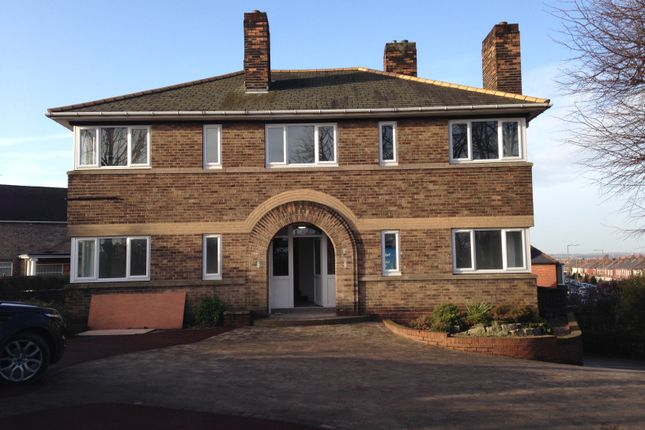 Thumbnail Flat to rent in 173 Thorne Road, Town Centre