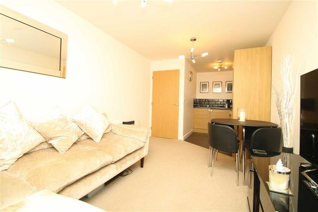 1 bed flat for sale in St. Thomas Road, Brentwood