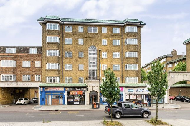 Thumbnail Flat for sale in Leigham Hall Parade, Streatham High Road, London