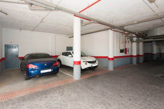Garage of Spain, Málaga, Mijas, La Cala Golf