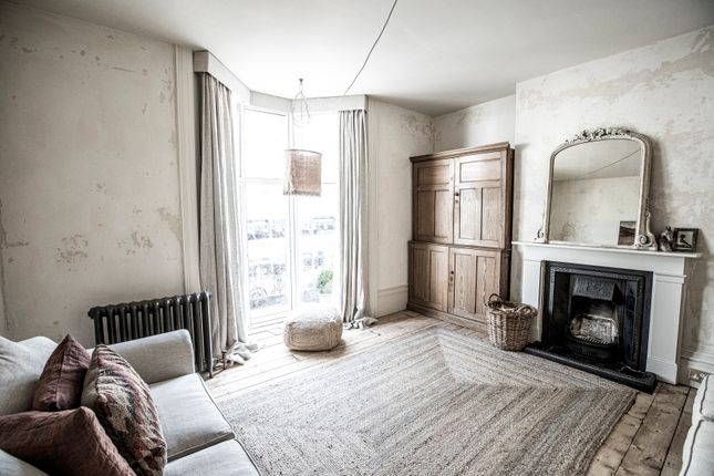 3 bed maisonette for sale in Western Road, Hove BN3
