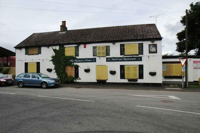 Thumbnail Hotel/guest house for sale in Fridaythorpe, Driffield
