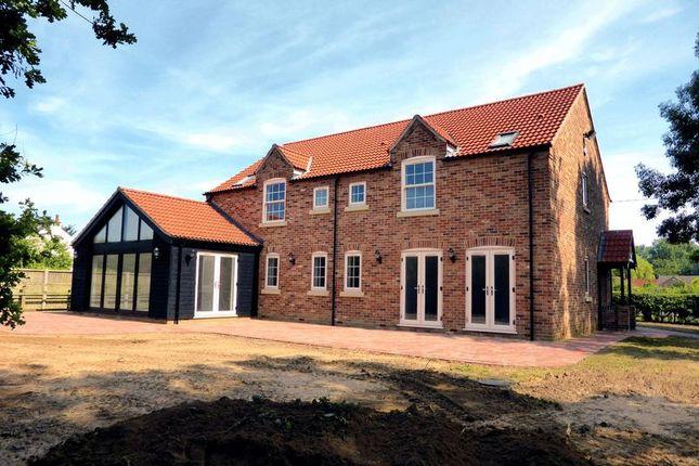 Thumbnail Country house for sale in Plash Drove, Tholomas Drove, Cambridgeshire