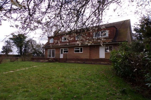 Thumbnail Detached house to rent in Horsegrove Lane, Rotherfield, Crowborough