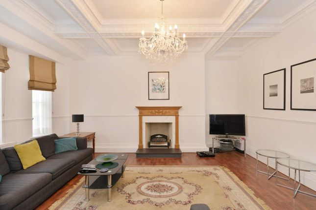 3 bed flat for sale in Davies Street, London