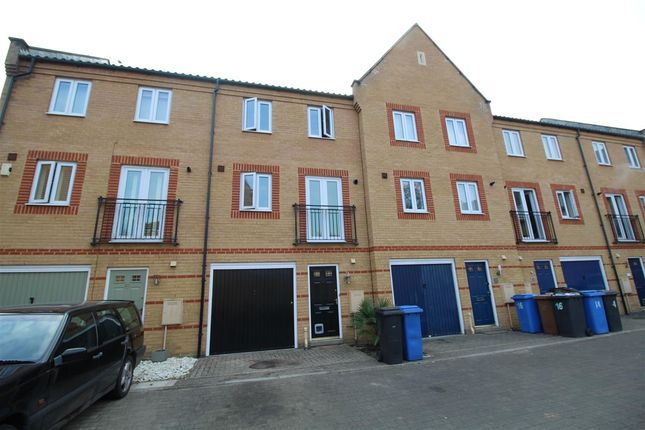 Thumbnail Property to rent in Sagehayes Close, Ipswich