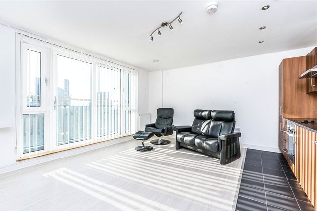 Thumbnail Flat for sale in Sapphire Court, Ocean Way, Southampton