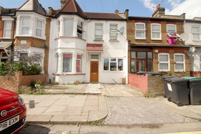 Front Shot of Ellenborough Road, London N22