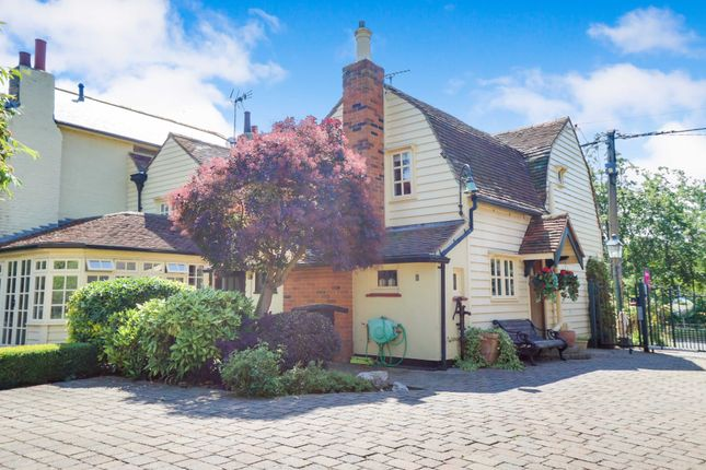 Thumbnail Cottage for sale in Idyllic Country Setting, Barling Magna, Essex