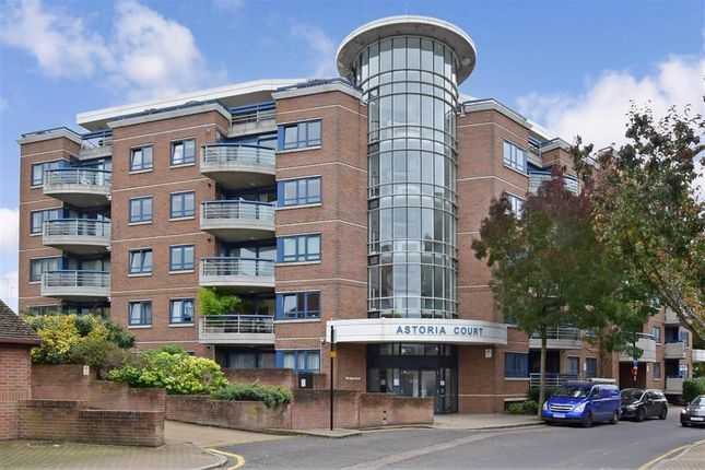 Flat for sale in High Street, Purley, Surrey